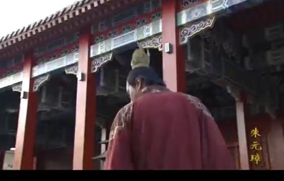 官员廉洁奉公以致连觐见皇帝时穿着带补丁的衣服 当初被重用