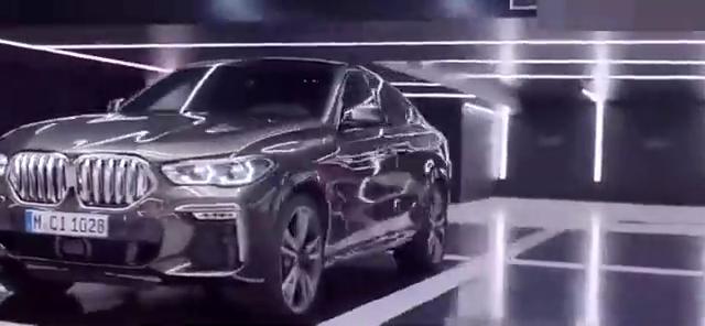 视频:2020款宝马X6M,超帅霸气身姿,外观内饰欣赏