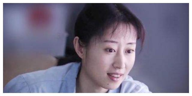 她被称小巩俐,30岁嫁豪门日子却不好过,37岁离婚反活得光芒万丈