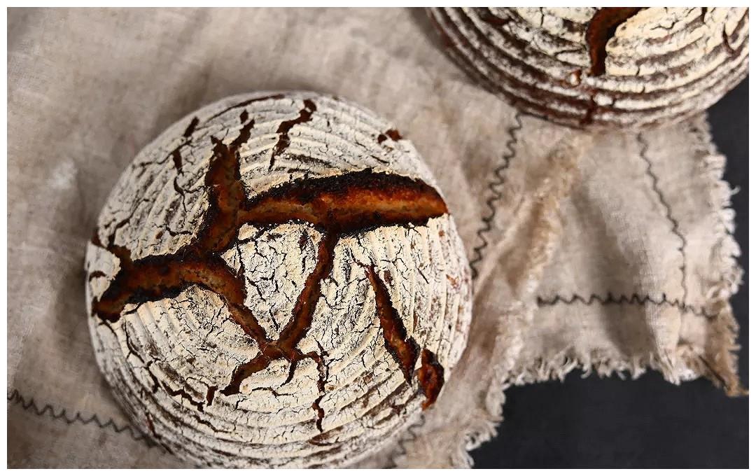 全麦硬欧面包的做法
