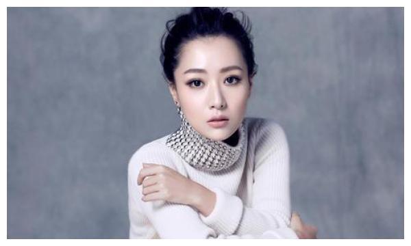 """白冰回应""""京城四美""""称呼,谈上一段婚姻,不后悔在成名时结婚"""