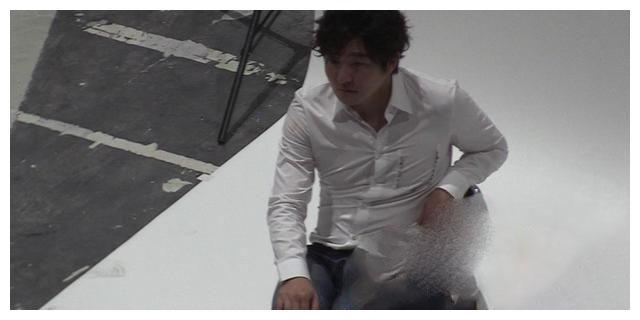 41岁郭京飞身材发福显油腻,演主角从没红过,新剧刚定档就被唱衰