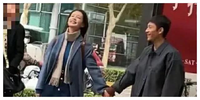 张一山新戏开拍,和李沁搭档演情侣,身高又瘦又矮被指不如路人