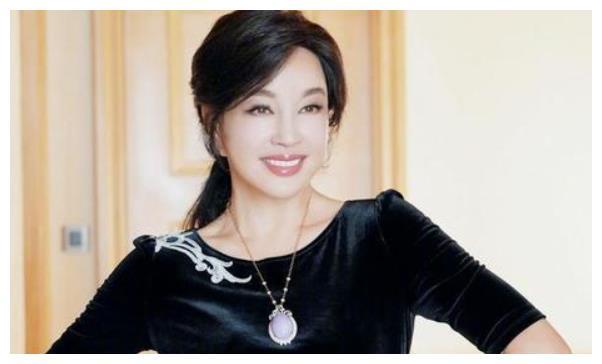 刘晓庆422天出狱后,2003年姜文叮嘱陈佩斯,一会谁也不许哭