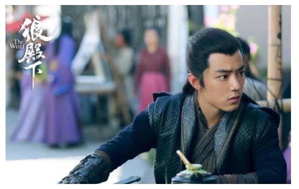 《狼殿下》收官,肖战获得年度人气男性角色,疾冲多榜单登顶第一