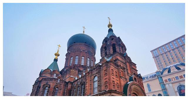 哈尔滨最美的教堂,如同城堡,夜景最美