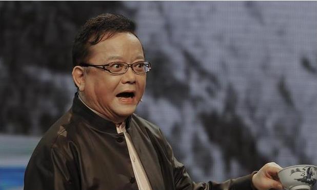 鉴宝节目中,王刚因专家失误砸碎2亿文物,最终是怎样收场的