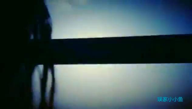 爱豆朱一龙唯美剪辑,每一个转身和眼神,无不惊艳时光