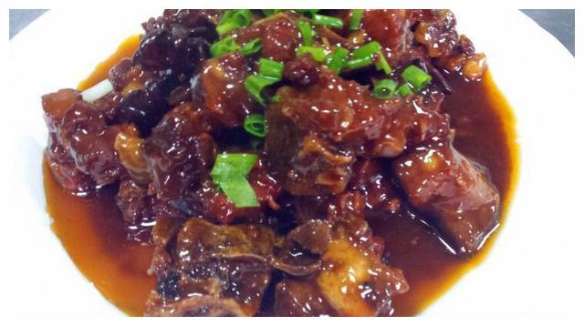 秋冬季,多给孩子吃这种肉,33元一斤,一周吃一回,能改善贫血