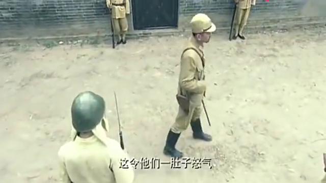 鬼子第一高手,要和少林武僧比武,被对方打出内伤