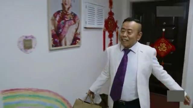 潘长江把韩兆支开:自己去找静姐烛光晚餐,被韩兆搅局