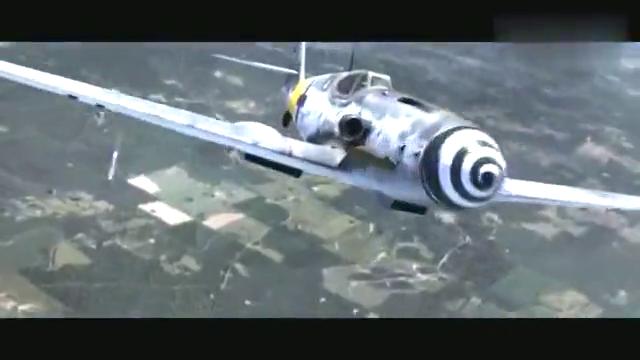 这才是顶级空战大片,轰炸机脱离机群落单,惨遭敌军战斗机围攻