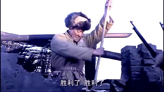 解放军攻占国军医院,正在做手术的少校医生竟怒斥他们出去