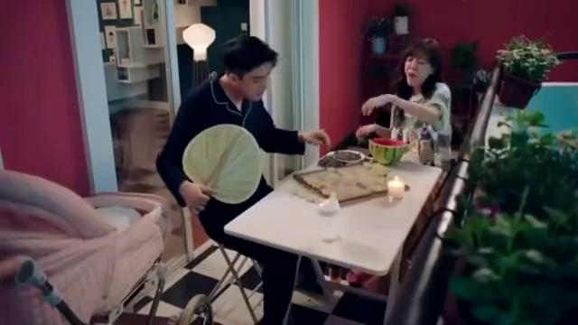 爱情公寓5:咖喱酱说不出话,吕子乔真是神翻译!