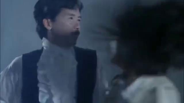 经典僵尸电影,徐少强变坏坏僵尸王,关之琳女神太迷人!