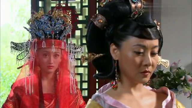 大婚之日皇帝不出现,皇后以为他逃婚伤心欲绝!哪料信王说出秘密