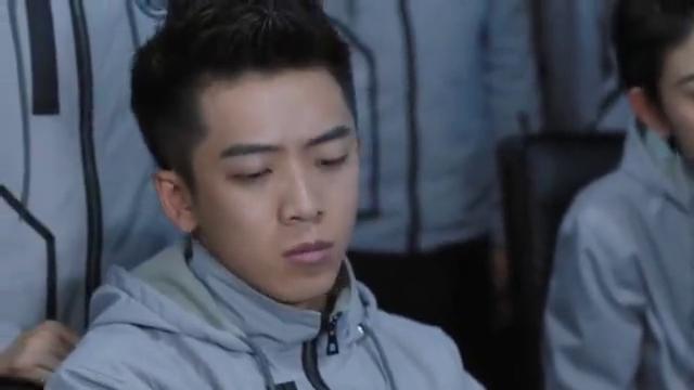 飞行少年:确定是对方黑了局域网,陈翔宇决定黑回去