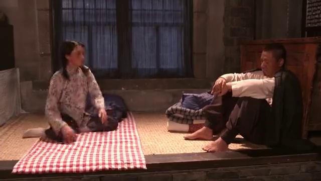 老农民:有粮和媳妇去找藏起来的猪肉,但是不见了,是谁拿的