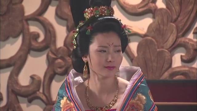玉环被婆婆惩罚,还遭到下人打耳光,窝囊寿王却保护不了心爱的她