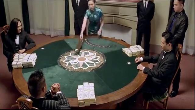 高傲一把同花顺,以为自己赢定了,怎料高进赌术更胜一筹!