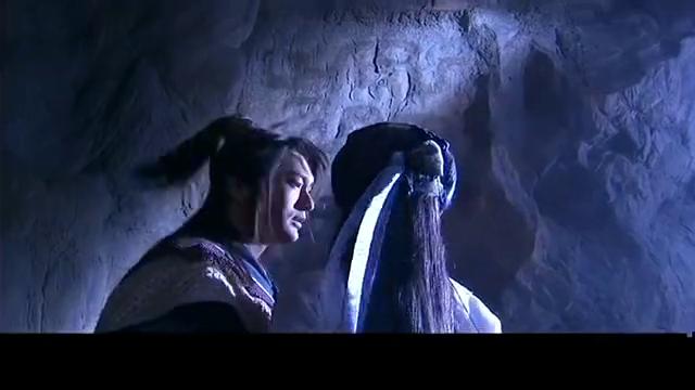 神雕侠侣:黄晓明刘亦菲在洞里谈情,下秒李莫愁杀到,搅了好事
