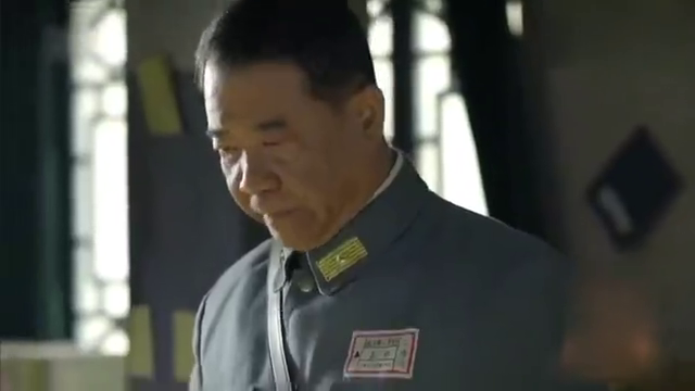 台儿庄战役打响,特一营战士同师长奋勇杀敌,死守台儿庄