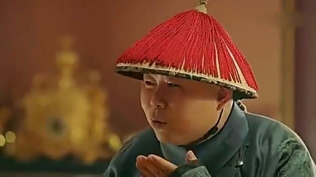延禧攻略:魏璎珞被小宫女刁难,皇上实力护妻,一脚踢倒小宫女