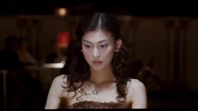 看了那么多赌神类电影,我有一个疑问,为啥打麻将非要手搓?