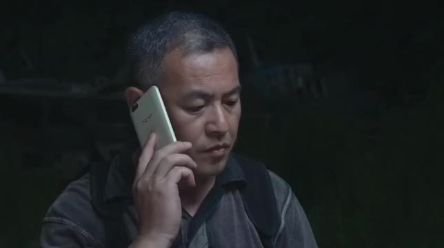 警察锅哥:罪犯太滑头,审问差点被他糊弄过去,还好简凡发现端倪