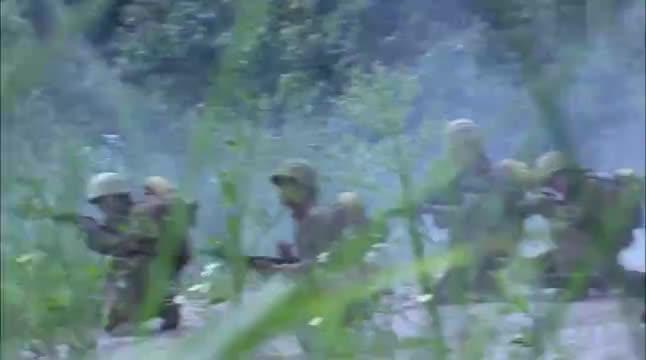周卫国百步穿杨,埋伏上去一枪干掉鬼子,杀得鬼子无还手之力