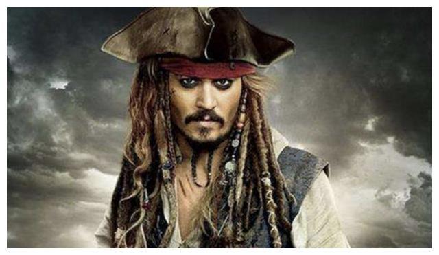 加勒比海盗再也没有杰克船长,被诬陷家暴,还险些没了手指