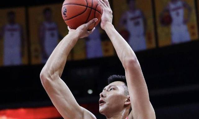 广东勇夺联赛第十冠!压倒性优势,本赛季的广东为什么这么强?