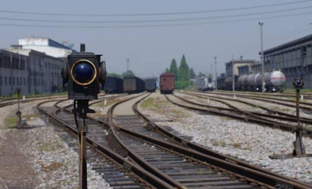 中国最文艺火车站之一,《情深深雨蒙蒙》曾取景,今成网红打卡地