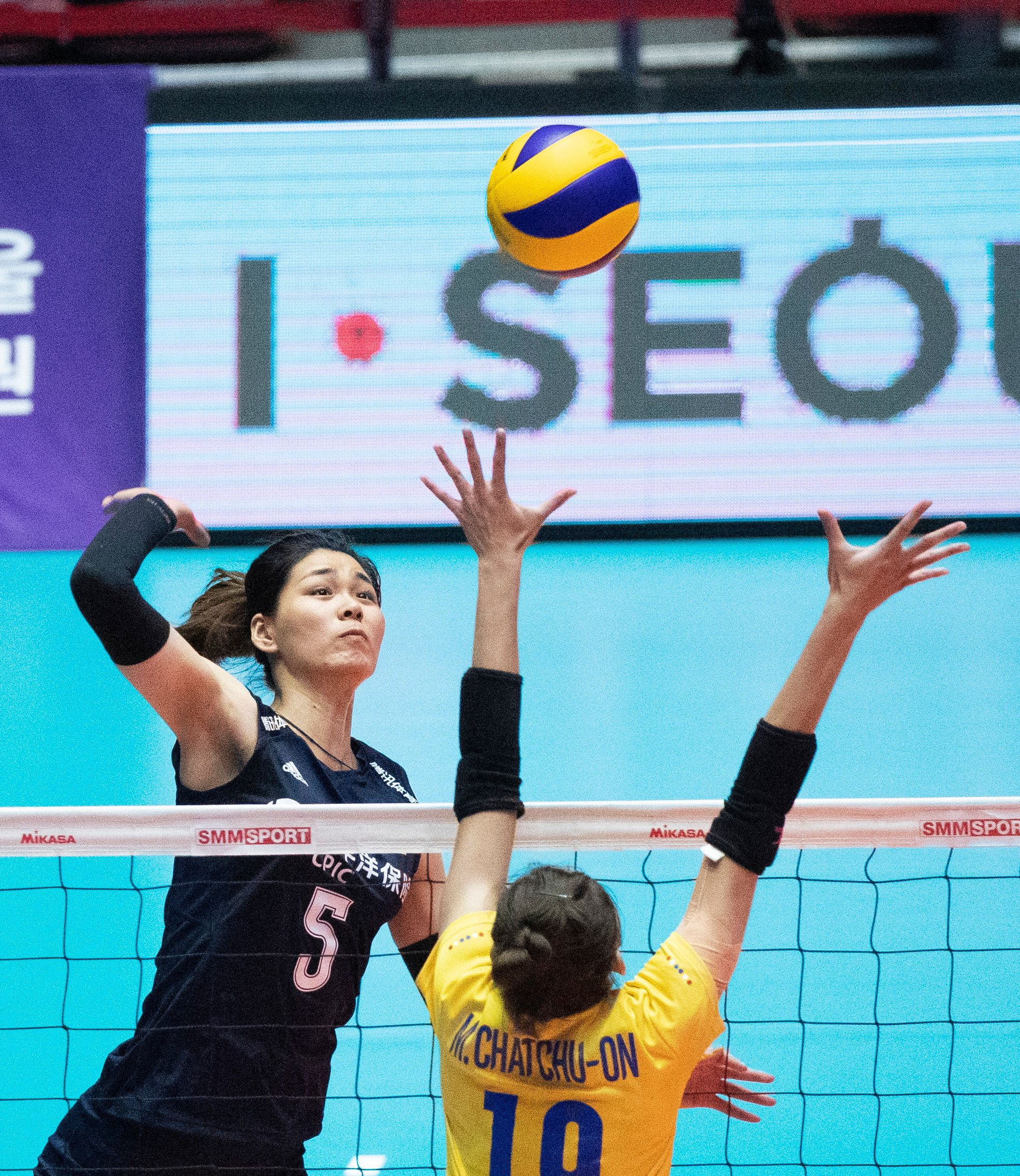 排球——女排亚锦赛:中国队无缘决赛