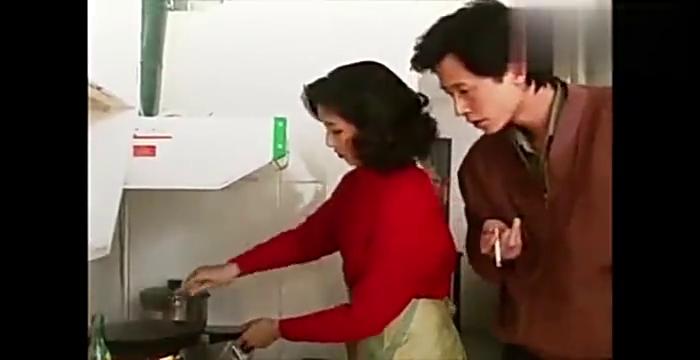 到前妻家蹭饭,贫嘴王志文这脸皮厚得可以啊,电视剧过把瘾片段