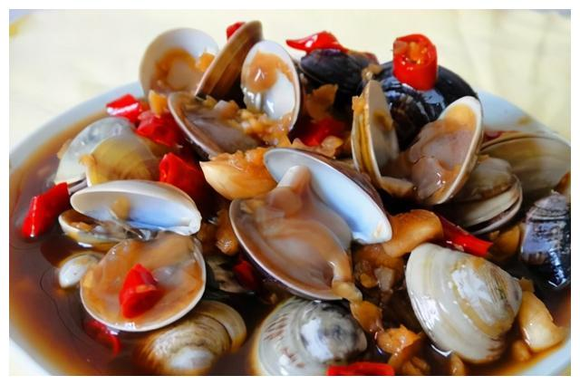 """它素有""""天下第一鲜""""的美誉,肉质细嫩鲜美异常,海鲜中风味俱佳"""