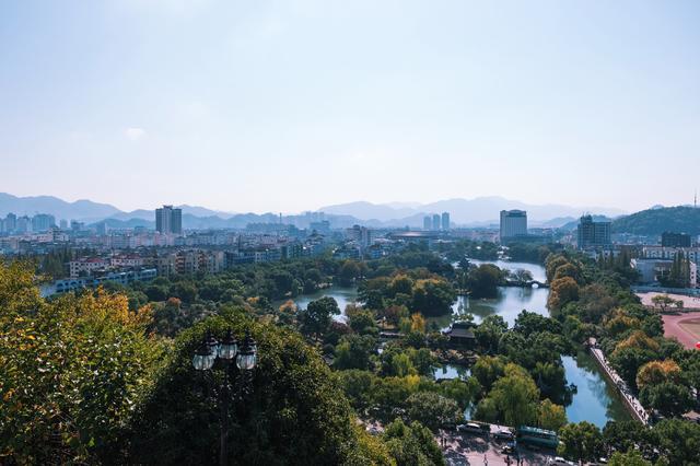 浙江独一无二的景点,比北京八达岭长城地位还要高,却少有人知