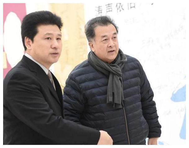 少将黄宏,上午刚被免职下午就被带走,至今5年了,现状令人唏嘘