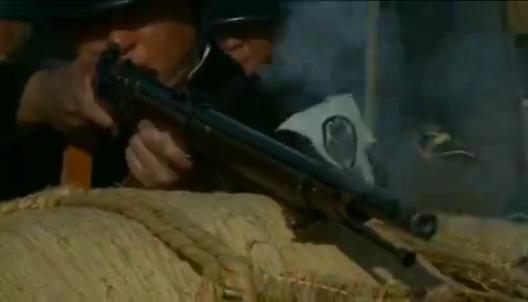 日本出现内战,自相残杀打的热火朝天