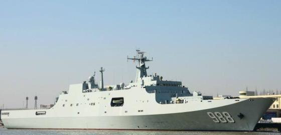 国产大型多功能两栖船坞登陆舰——071型船坞登陆舰