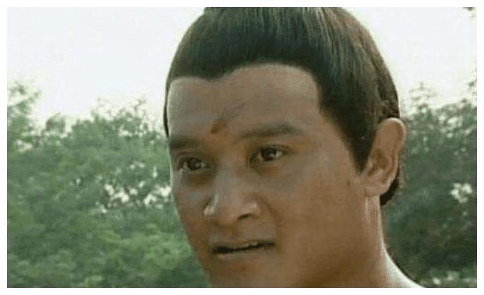 他曾担任卧虎藏龙的武术指导,为吴京甘当绿叶,是吴京最铁的兄弟