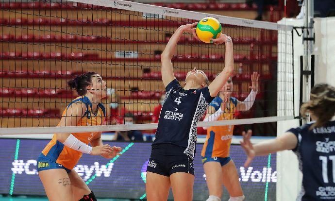 2020-2021女排欧冠第4轮E组,奥洛穆茨0-3波利采化