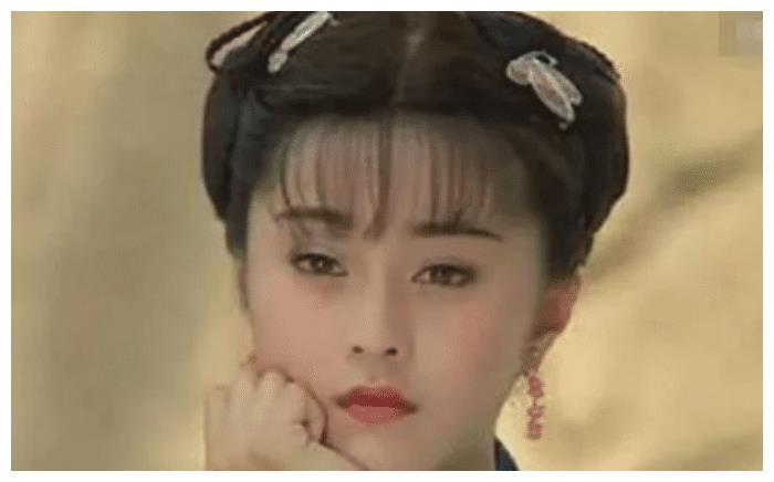 """女星扮""""丫鬟"""":贾静雯漂亮,林心如温柔,都不及图4惊艳!"""