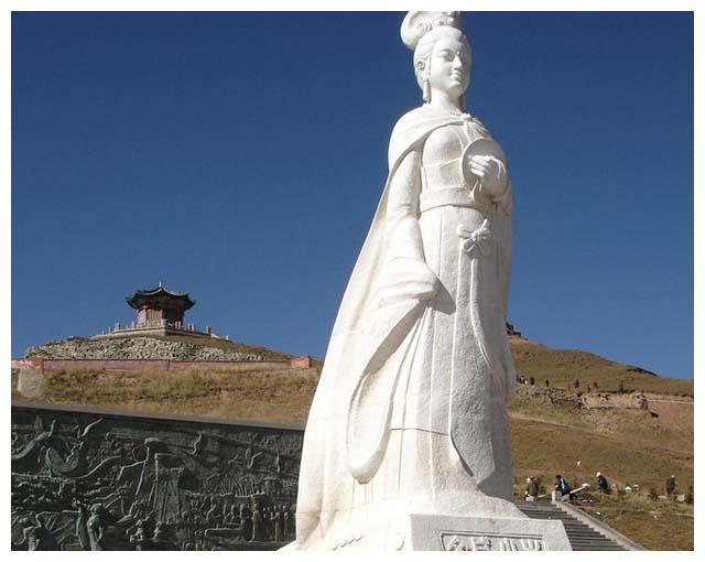 文成公主出嫁吐蕃,李世民是心甘情愿的吗?松赞干布得到了什么?
