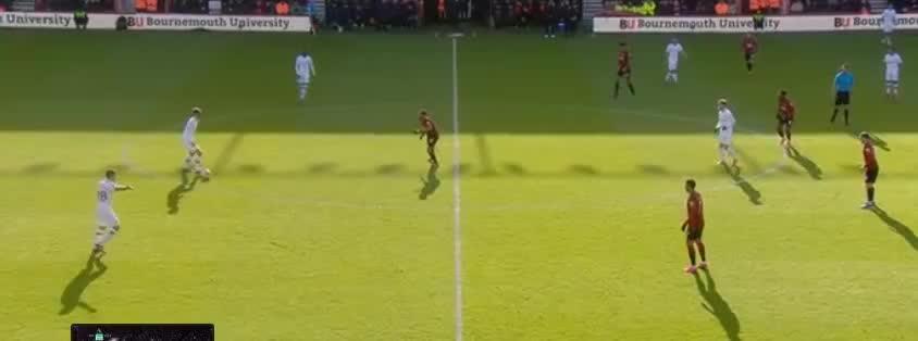 吉鲁门前抢点击中门框,阿隆索补射破门