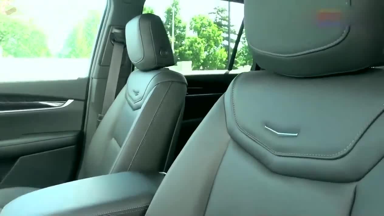 视频:凯迪拉克XT6终于提到车,开车跑一圈