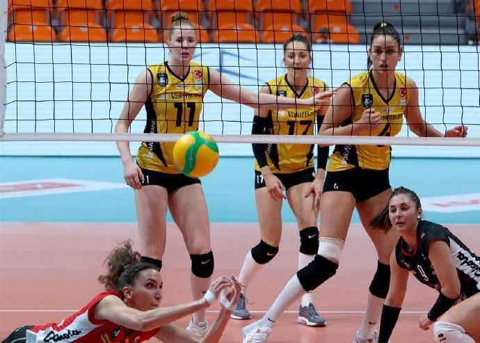 2020-2021女排欧冠第四轮C组,土瓦基弗银行3-0米卢斯