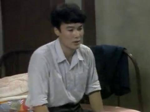 渴望:慧芳母亲不同意两人交往,慧芳和沪生约会很小心