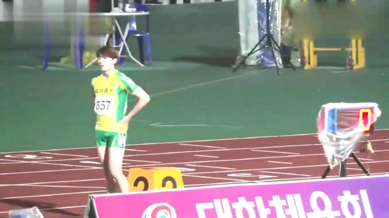 韩国成人男子400m,620号一马当先了