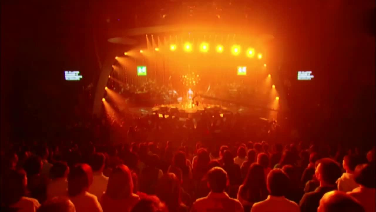 李圣杰演唱《痴心绝对》,张韶涵当场落泪,满满的都是回忆啊!